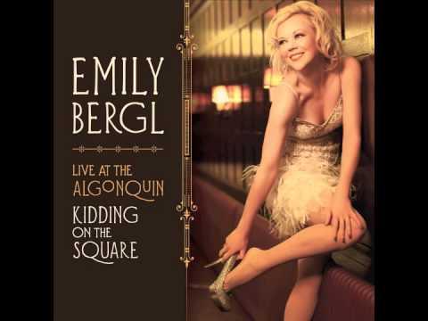 Emily Bergl performs Roy Orbison's