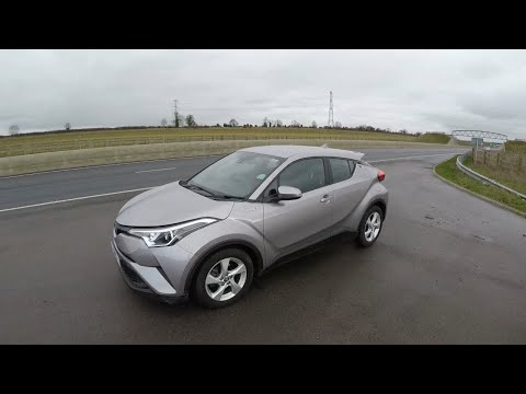 2018 Toyota CHR Hybrid ACCELERATION 0-60 0-100 Driving Car Review
