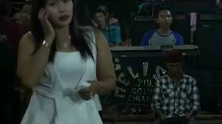 Download Video Gambang kromong Modern MELISTA - stambul dua voc mpok ribut MP3 3GP MP4