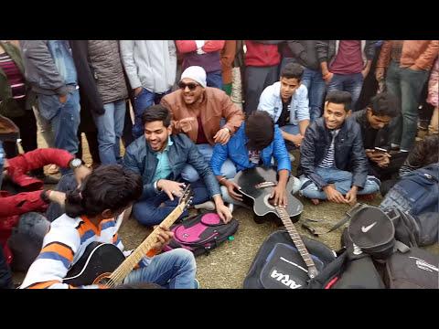 Singing in delhi c.p