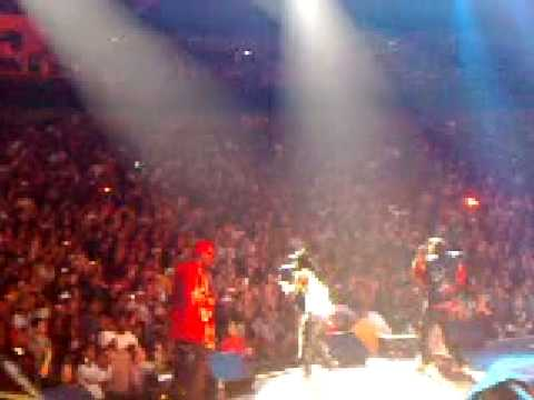 Jay Rock and Lil Wayne Live