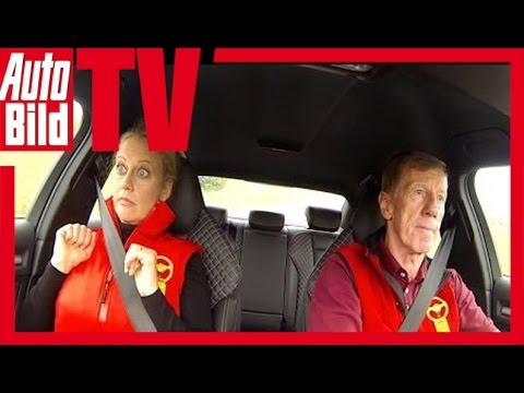 Das Goldene Lenkrad:Barbara Schöneberger auf Rennstrecke mit Walter Röhrl am Limit