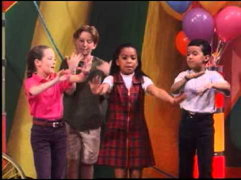 Barney Adventure Bus - Popcorn Song