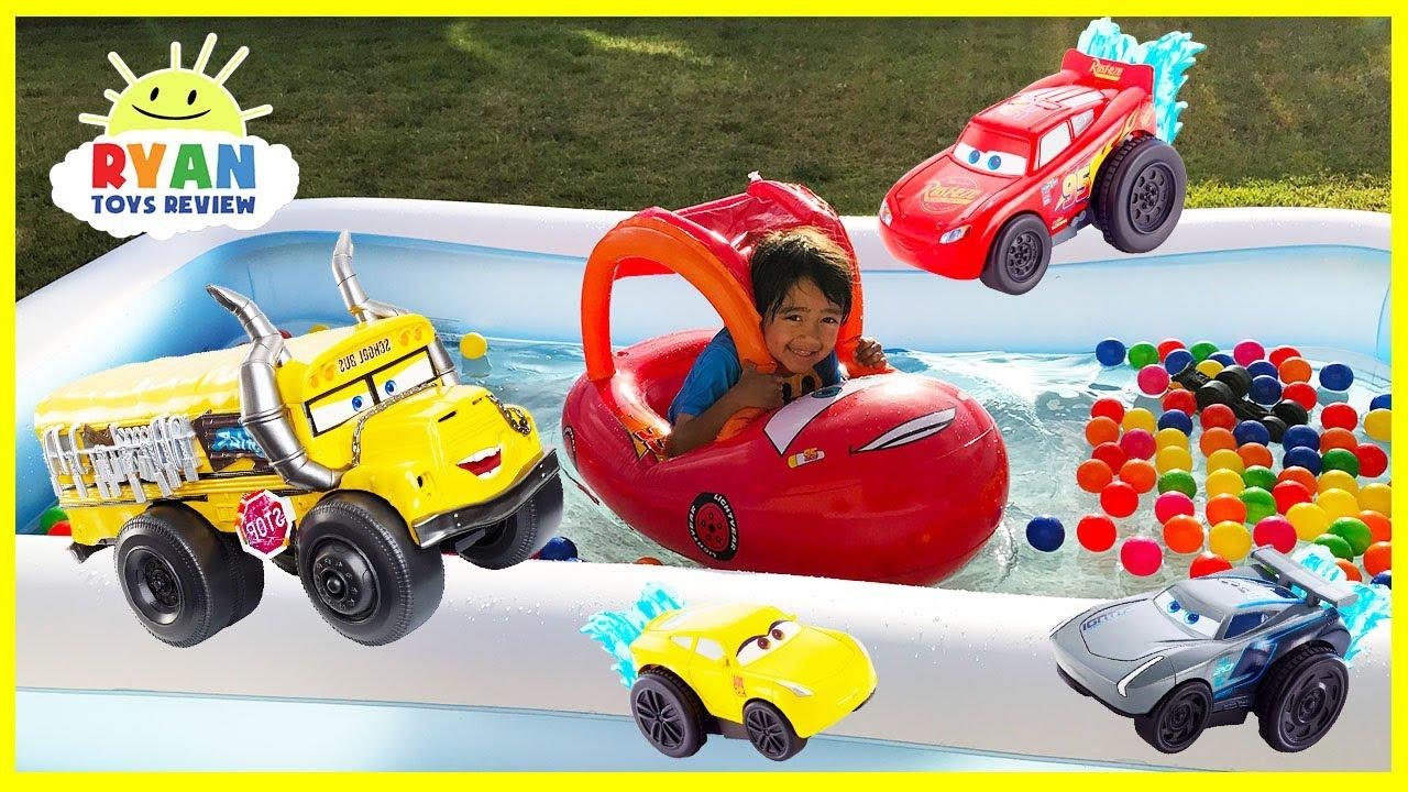 Disney Cars Toys Youtube: Disney Cars 3 Toys Lightning McQueen Kids Swimming Pool