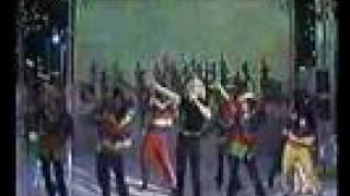 Xuxa - Lá vai a Loura no Faustão 1996