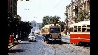 Автотранспорт из СССР в городских пейзажах 20 го века