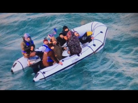 UK border authority: 40 migrants cross English Channel to Britain