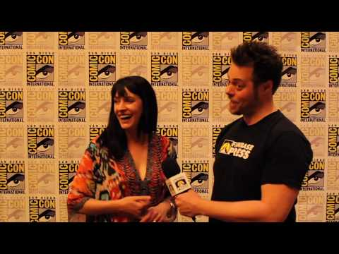 SDCC 2017: Paget Brewster is Poison Ivy in BATMAN AND HARLEY QUINN Also She Was Great on FRIENDS!