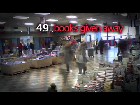 Teachers Union Spreads Holiday Cheer with Free Books