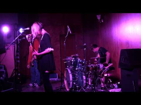 The Muffs- Oddfellows Hall, Davis Ca. 7/17/15 Multicam with Soundboard Audio!