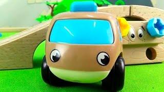 Мультик про машинки, паровозики  и инструменты. Ремонт моста. Развивающее видео для детей.(Мультик про машинки, паровозики и инструменты для малышей. Машинки обнаружили, что на железнодорожный..., 2015-05-20T12:40:08.000Z)