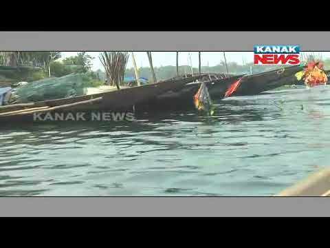 Fishermen Losing Jobs In Chilika For Pollution & Illegal Fishing
