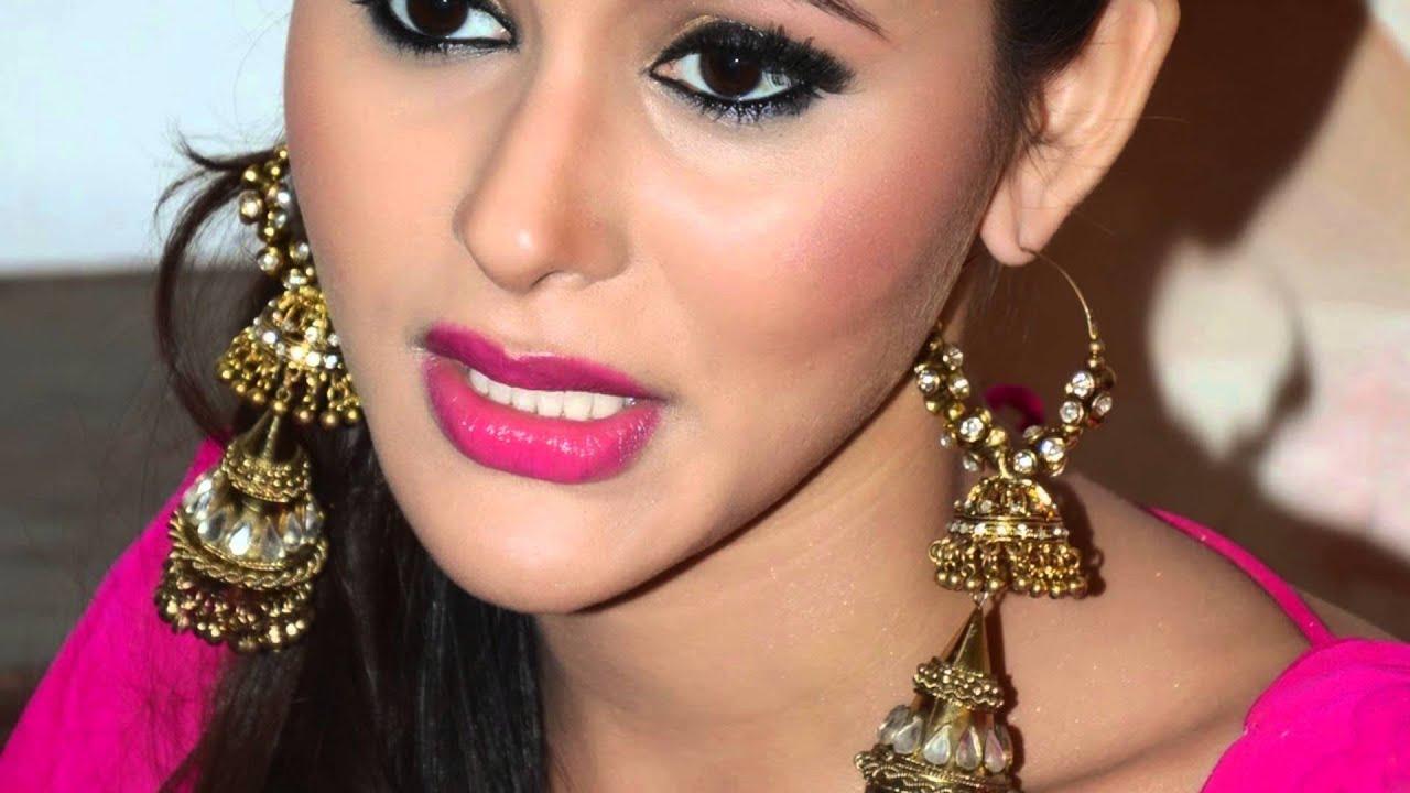 Dance India Dance Fame Khushboo Purohit Super Sexy Skin -2012