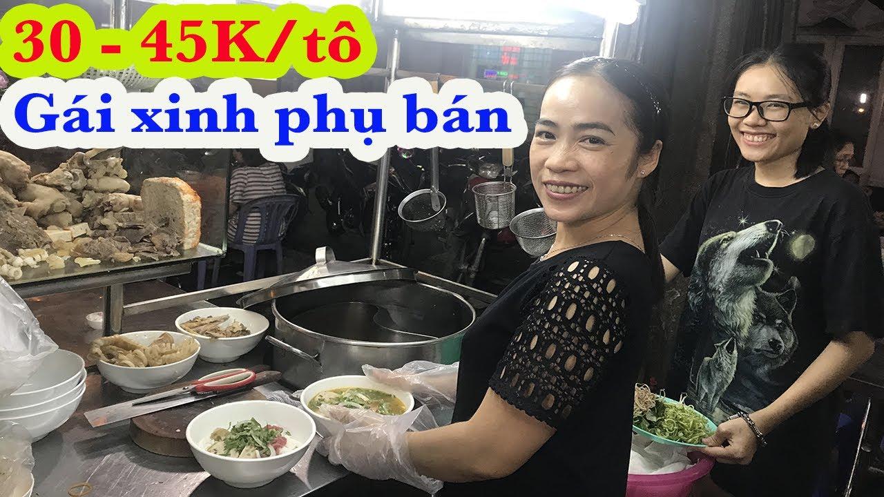 Bún bò Huế Lệ Hiền gần 20 năm bán đêm ở Sài Gòn khách đông không tưởng