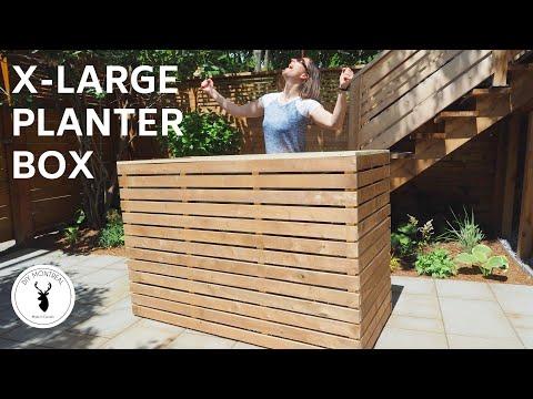 diy-slatted-planter-box-//-raised-garden-|-with-plans