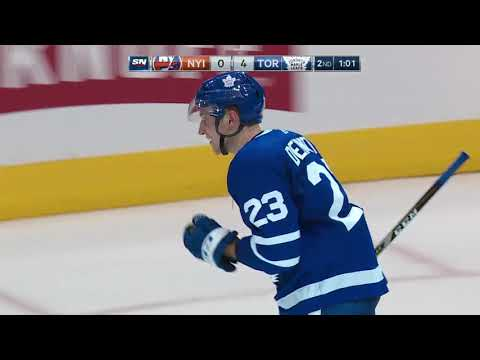 Travis Dermott First NHL Goal! - Toronto Maple Leafs vs New York Islanders 1.31.18