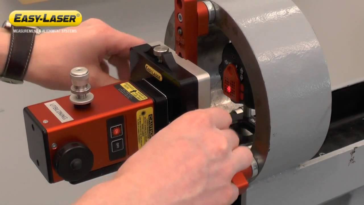 Bore alignment with Easy-Laser® E950 - YouTube