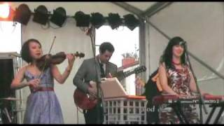 The Good China - We Found 3 Whistles (Live at the St Kilda Festival 2009)