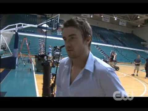 One Tree Hill - Season 7 - Behind The Scenes (Robert Buckley)