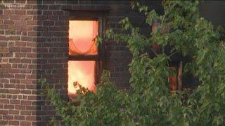 Auburn Avenue blaze burns building near Downtown Connector