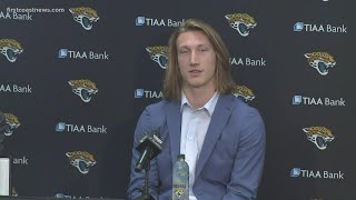 Jacksonville Jaguars officially introduce Trevor Lawrence to DUUUVAL