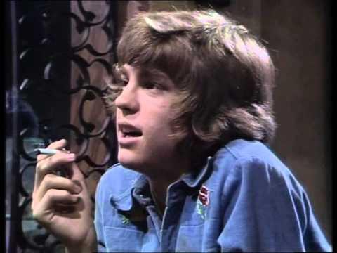 Hunters Walk - Say Nothing clip (ITV/ ATV 06 Jul 1976)