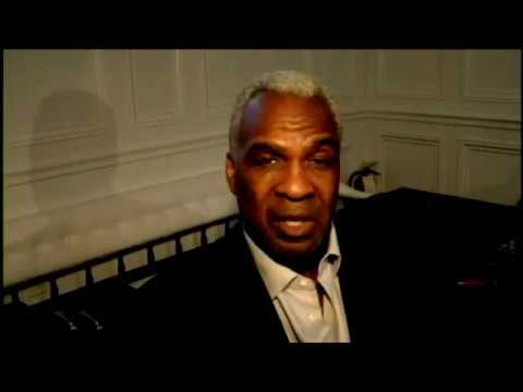 Knick lifer Charles Oakley video COHERENTLY explains his side of the story, shares love with fans