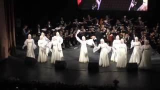 Воронежские девчата в Калининграде Посею лебеду