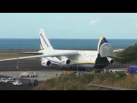 Antonov 124,Antonov Design Bureau,UR-82073 @ Roland Garros Airport (RUN)