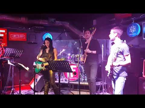 Gizem Berk - Biz Nereye (Tarkan) [IF Performance Hall 22.03.18] [4K]