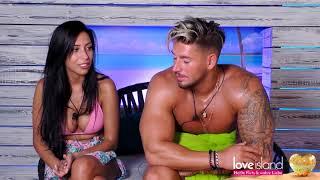 Donna und anthony hatten ihr erstes date. der 29-jährige ist sowohl äußerlich als auch charakterlich hin weg von medizinstudentin. einen makel hat di...