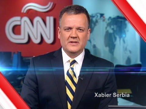Xavier Serbia saluda al equipo de CNN Chile en su ...