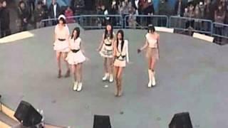 9nineの「少女トラベラー」お披露目ライブです。舞浜のイクスピアリで行われました。最初から最後まで録画しました。画質悪いですっ...