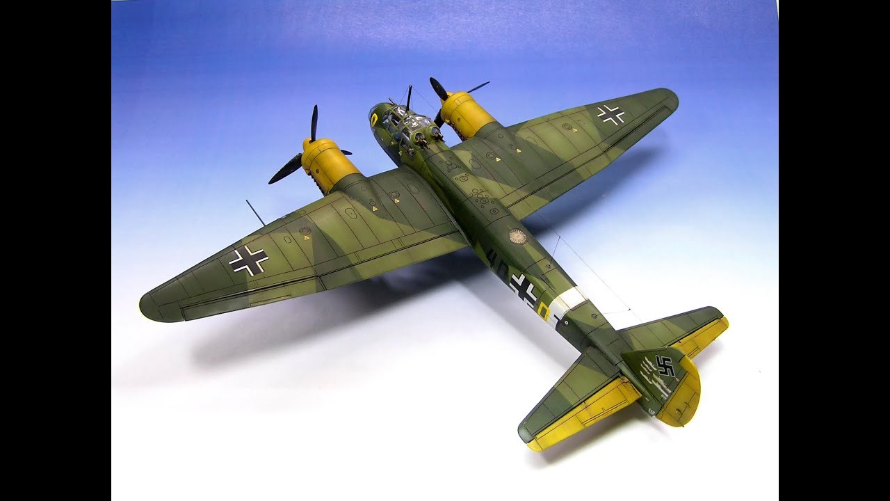 Hand Painting Model Aircraft
