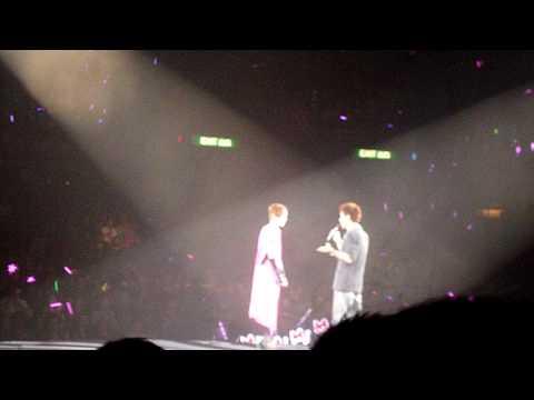 25-12-2009 sammi concert (sammi and andy hui其實你心裡有沒有我)