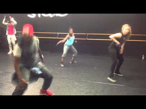 Like she do it in the mirror-hiphop choreography