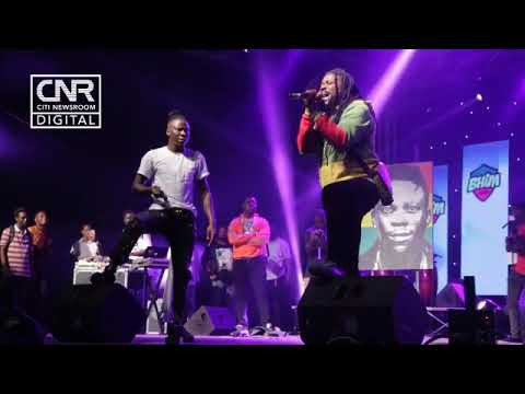 Samini joins Stonebwoy for an iconic freestyle session at Independence Concert