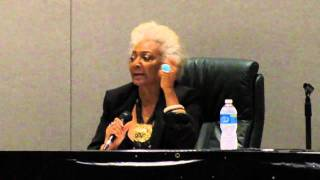 Nichelle Nichols - Women of Scifi Con 2011