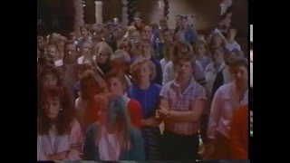 Video catch me if you can 1989 movie classic full film itI23KlzXA download MP3, 3GP, MP4, WEBM, AVI, FLV Juni 2017