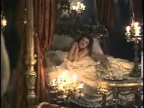 Download Valmont (1989) - trailer
