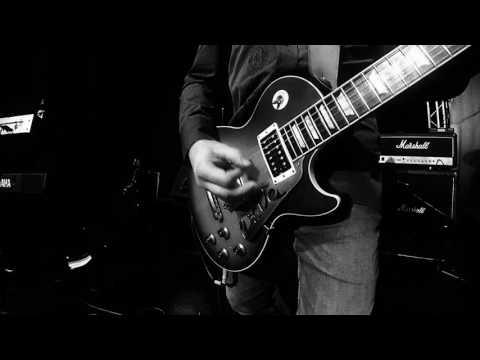 Moore Blues - Texas Strut