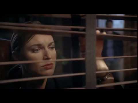 youtube filmek - Hullajelöltek városa (Terror Tract, 2000)