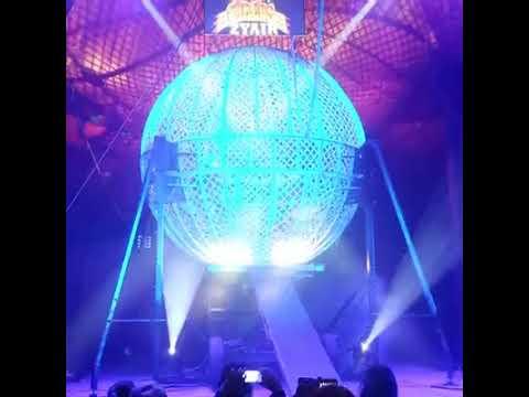 globe of death at circus zyair