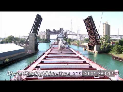 HD Time-Lapse of the freighter Wilfred Sykes Inbound into port in Chicago
