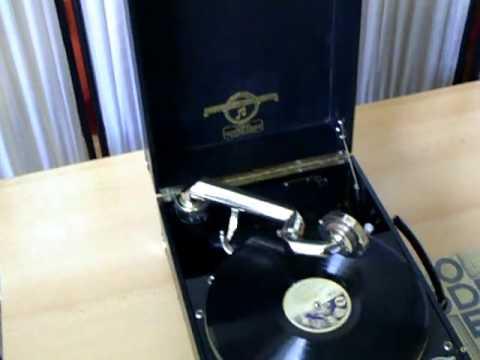 Repair of phonograph-6 蓄音機の整備 COLUMBIA No 201de YouTube · Durée:  1 minutes 44 secondes · vues 1000 fois · Ajouté le 06.05.2011 · Ajouté par ozisan88