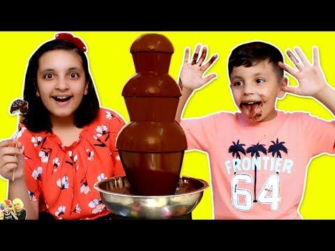 DÉFI FONTAINE AU CHOCOLAT   Défi Manger #FONDUE   Spectacle Aayu et Pihu
