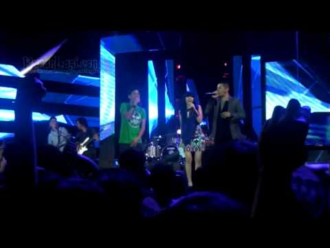 Rayakan Ulang Tahun Ke-16 Grup Band Ungu Dapat Pla