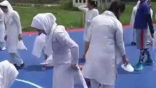 Vedios girls pourn Smart teen kashmiri