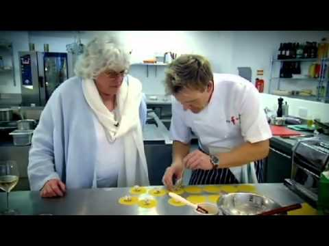 Ronnie Corbett Recipe challenge -Gordon Ramsay