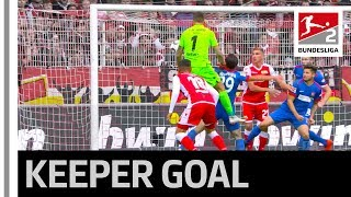 Goalkeeper Goal in the Last-Minute Saves a Point for Berlin